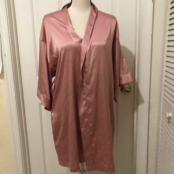 Victoria's Secret Other - Victoria Secret Light Pink Silk Robe